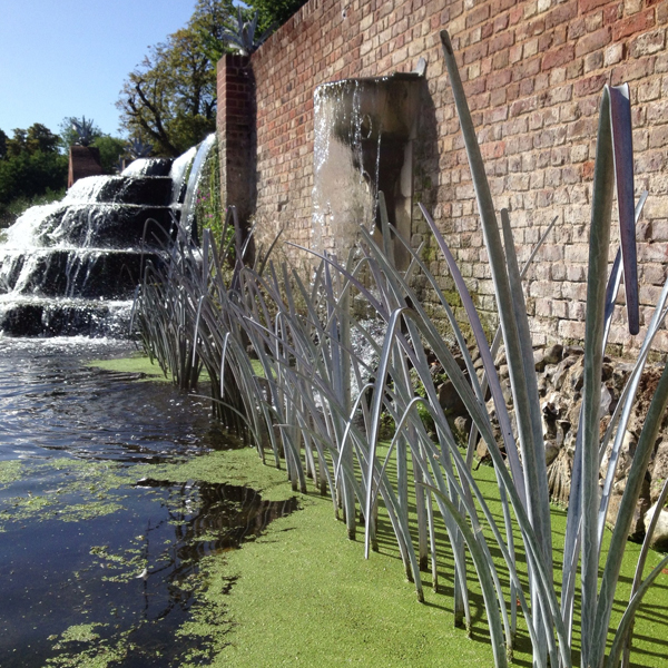 Water Sculpture by Ian Gill Sculpture
